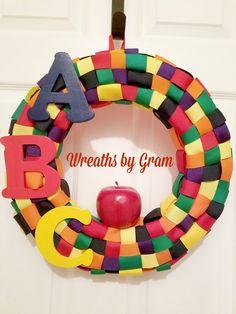 Teacher Wreath; School Wreath; Classroom Decor; Daycare Gifts; Daycare Decor; Teacher Gifts; ABC Apple Wreath; School Door Hanger; Education gifts; Christmas gifts; Gift Ideas
