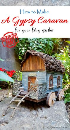 Old lunch box turned into a gypsy caravan that's perfect for a fairy garden. - Old lunch box turned into a gypsy caravan that's perfect for a fairy garden. Full tutorial on the - Fairy Crafts, Garden Crafts, Garden Projects, Garden Ideas, Mini Fairy Garden, Fairy Garden Houses, Diy Fairy House, Fairy Gardening, Fairies Garden