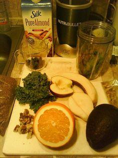 #Muscleblast #nutribullet 50%spinach 1banana 10walnut halves 1tbs flax seeds water or almond milk #nutriblast