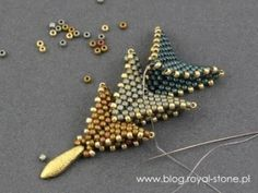 seed bead tutorials for beginners Seed Bead Tutorials, Seed Bead Patterns, Beaded Jewelry Patterns, Beading Tutorials, Beading Patterns, Beading Ideas, Bracelet Patterns, Seed Bead Bracelets, Seed Bead Earrings