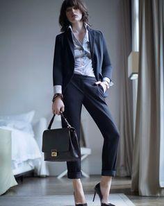 Milla's bag Milady, Smart jacket Offerta, shirt Mogol, trousers Galizia, pumps Malta.
