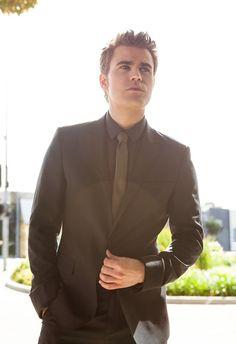 Paul Wesley suit and tie