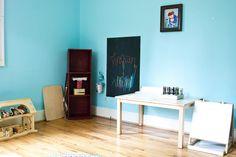 finn and lachlan's studio - art area / pizarra Big Girl Bedrooms, Girls Bedroom, Bedroom Ideas, Kids Art Area, Montessori Playroom, Montessori Infant, Toy Barn, Kid Spaces, Wall Colors