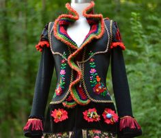 Gypsy style embroidered COAT by Amber studios. by amberstudios.  Just the kind of thing that Ysla herself would make.