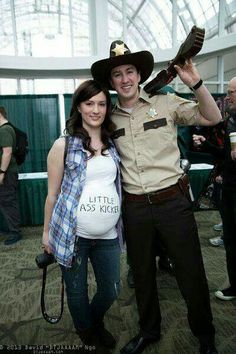 Pregnancy costumes  Walking Dead