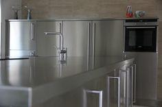 Kök helt i rostfritt - Stainless Steel Kitchen, stainless steel worktop.