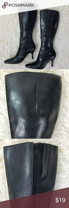 Enzo Angiolini Black Heeled Zippered Boots 8 Black Enzo Angiolini Full Zipper Boots size 8, Leather upper, outside in excellent condition, inside has some flaking (see second to last picture) priced accordingly Enzo Angiolini Shoes Heeled Boots