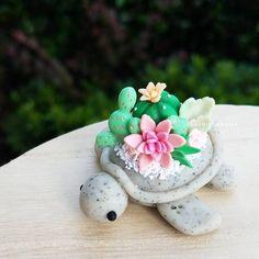 Adorable Summer Turtle Decor