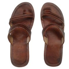 Men's ring sandals in brown leather