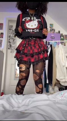 Egirl Fashion, Teen Fashion Outfits, Edgy Outfits, Retro Outfits, Kawaii Fashion, Grunge Outfits, Cool Outfits, Aesthetic Grunge Outfit, Aesthetic Clothes