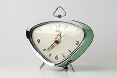 Alarm clock Golden Rooster by TheOppositeShop on Etsy, Vintage Alarm Clocks, Retro Clock, Antique Clocks, Mid Century Decor, Mid Century Design, Radios, Cool Clocks, Retro Home, Retro Design