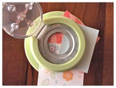 How to create a pie chart epoxy with the #epiphanycrafts Shape Studio Tool Round 25 available at #MichaelsStores www.epiphanycrafts.com #scrapbook #layout