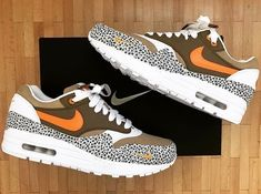 King Shoes, Air Max Sneakers, Sneakers Nike, Gq Men, Walk In My Shoes, Chill Outfits, Nike Shoes Outlet, Types Of Shoes, Shoe Collection