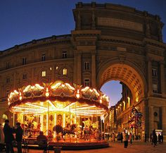 Carousel in Piazza della Repubblica, Florence. Too bad we won't be there during Gelato Fest this time haha