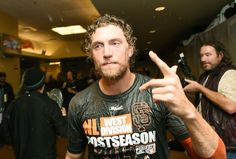 SAN FRANCISCO, CA - SEPTEMBER 25: Hunter Pence #8 of the San Francisco Giants celebrates the wild card playoff birth after they defeated the San Diego Padres 9-8 at AT&T Park on September 25, 2014 in San Francisco, California. (Photo by Thearon W. Henderson/Getty Images)