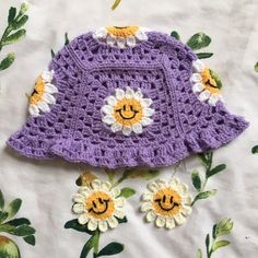 Cute Crochet, Crochet Crafts, Knit Crochet, Crochet Crop Top, Crochet Clothes, Diy Clothes, Knitting Projects, Crochet Projects, Crochet Designs