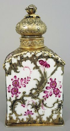 Tea Caddy of Meissen porcelain, Germany 18th century and ~ 120 later mounted with silver by Moritz Eilmeyer, Dresden Germany c. 1890