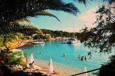Incredible summer yacht days Yacht Week, World's Most Beautiful, Beautiful Islands, Tahiti, Croatia, Philippines, Caribbean, Vacations, Greece