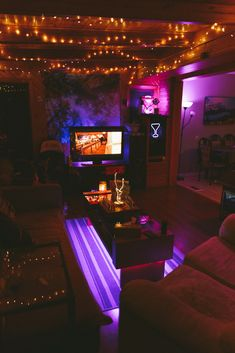 Its a purple vibes kind of night Chill Room, Cozy Room, Grunge Bedroom, Halloween Bedroom, Hangout Room, Hippy Room, Neon Room, Indie Room, Cute Room Decor