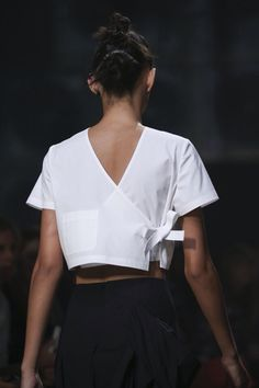 Marc by Marc Jacobs Spring 2015 Ready-to-Wear Accessories Photos - Vogue Looks Chic, Looks Style, Style Me, Fashion Details, Look Fashion, Fashion Show, Fashion Design, Fashion Spring, Milan Fashion