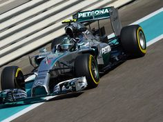 Nico Rosberg takes pole #11