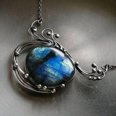 Sapphire     ( labradorit )
