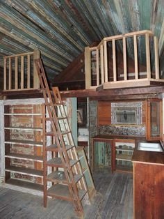 I think I would insulate, paint, and make it my workroom/office! Tiny Texas Houses Facebook Photo Albums | Tiny Texas Houses