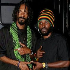 Prominent rap superstar turned Reggae artiste, Snoop Lion recently visited with upcoming Reggae singer, Survivalist, who recently released his hit single, Give The Youths Dem a Income.