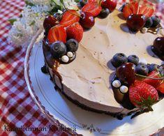 Kääpiölinnan köökissä: Ihana gluteeniton mustaherukka-suklaakakku ♥ Pudding, Baking, Desserts, Cakes, Food, Bread Making, Tailgate Desserts, Deserts, Patisserie