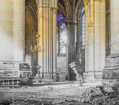 Popular on 500px : Lustres écrasés dans la nef by Vincent_Zenon