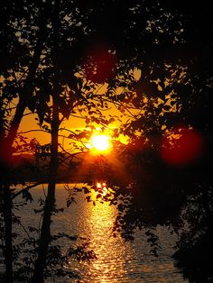 A picture I took of a sunset in Jackman Maine on Big Wood lake.   #sun #lake #water #nature #landscape #Maine