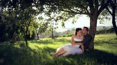 Adéla ♥ Radek Lidé tak vyjimeční, až se člověk štípe, jestli jsou skuteční. :) Krásní, tělem i duší. Milujeme svatby, kde má člověk pocit, že tam prostě patří.