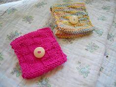 Free Knitting Pattern - Cozies: Tea Wallet