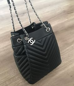 """... """"❌❌SOLD❌❌PLEASE READ DESCRIPTION BELOW BEFORE SENDING DM. click   ...more  ➡ ➡ to see details .CHANEL Small DRAWSTRING BUCKET BAG in Black…"""" 2b03c40ac895f"""