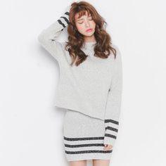 2015 moda Casual fino elegante suéter de Cashmere Tops de culturas e saia Set de manga comprida O pescoço listrado de duas peças Set mulheres conjuntos de