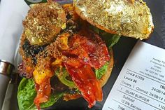 Ever wonder what the most expensive burger is? Turns out, a chef just created the most expensive burger in the world, The Nutrition Poster, Sport Nutrition, Nutrition Month, Nutrition Education, Nutrition Tips, Healthy Nutrition, Healthy Snacks, Healthy Eating, Nutrition Store