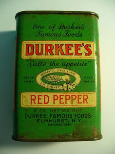 Vintage DURKEE'S RED PEPPER Spice Tin - Older Style Green Tin - FULL #DurkeeFamousFoods