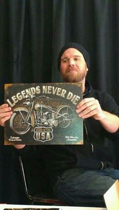 Opie sons of anarchy..........I wish Opie would have never died on SOA!!! :(