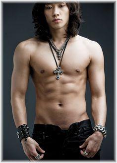 Kpop Boy Bi Rain shows his abs in topless pictures Bi Rain, Full House, Kpop, Kdrama, Hot Asian Men, Asian Guys, Korean Guys, Gay, S Pic