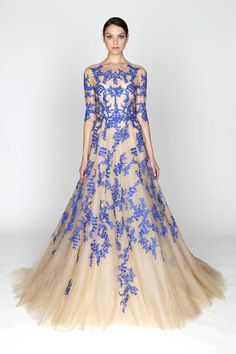 OB-sessed with this Monique Lhuillier Pre-Fall 2012 Collection gown. I want. It feels like unrequited love...