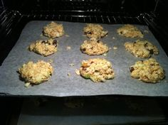 The Best Fruit & Nut Sugarless Flourless Oat Cookie Recipe - Baking the Cookies