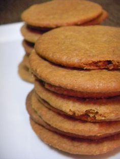 Looking for that elusive ginger biscuit/cookie recipe? Here it is, with a great hit of ginger and a wonderful crunch and snap.