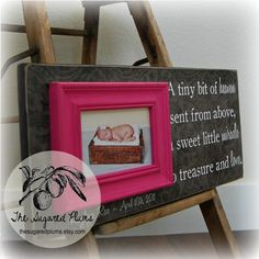 Diy Baby Gifts Personalized Pictures 50 Ideas For 2019 Diy Gift For Bff, Diy Baby Gifts, Personalized Baby Gifts, First Birthday Gifts, First Birthdays, Kids Craft Tables, Baby Elmo, Baby Picture Frames, Fun Baby Announcement