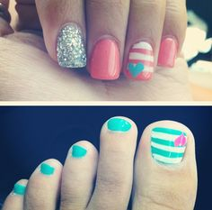 I like the little heart with the stripes but I don't like it in the nails. Just the toe nails Fancy Nails, Love Nails, Diy Nails, Pretty Nails, Sparkly Nails, Pedicure Designs, Toe Nail Designs, Pedicure Ideas, Nail Ideas
