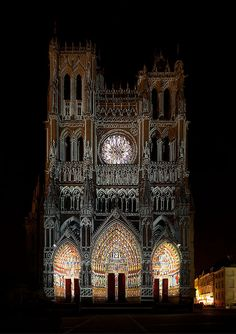 Sound and light, Cathédrale Notre-Dame, Amiens, France | Flickr – Condivisione di foto!