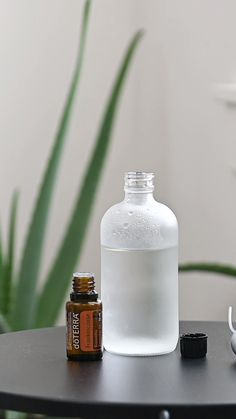 Frankincense Essential Oil Skin Mist Frankincense essential oil reduces the appearance of skin imperfections and supports smooth, healthy skin. Add a drop of Frankincense to an eight-ounce spray bottle. Combine with water and spray. Essential Oils For Face, Essential Oil Spray, Essential Oils For Skin, Young Living Essential Oils, Essential Oil Diffuser, Essential Oil Blends, Essential Oil Combinations, Essential Oil Bottles, Tea Tree Essential Oil