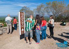 """El Mirador donde se puede observar un gran parte de nuestra ciudad.  The """"Look-out Point"""" """"El Mirador"""" where you can observe a great part of our city and valley."""