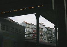 Sao Bento 📷  #porto #oporto #portugal #super_porto_ #super_portugal #portugal_alive #portugal_de_sonho #instatraveling #iamatraveler #streetphotography #travelandlife #serialtraveler #travelphotography #travelingram #exploringtheglobe #exploretocreate #photographyislife #worldwide_travelers #world_travel #neverstopexploring #theglobewanderer #rsa_vsco #photographylovers #travelerinporto #streetphotoexperience #click_vision #likefilm #dontsnapshoot #es #huaweixdulceida