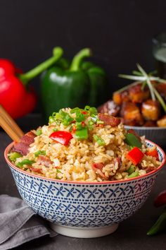 Ever wondered how to make fried rice? Here are my full instructions and tips (plus video) for making perfect fried rice. Rice Recipes, Side Dish Recipes, Asian Recipes, Beef Recipes, Vegetarian Recipes, Chicken Recipes, Cooking Recipes, Healthy Recipes, Asian Foods