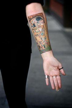 Klimt kiss tattoo